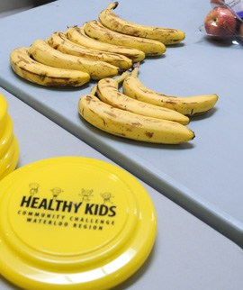 Free healthy snacks were given to families at the WMC on Monday as part of the Healthy Kids Community Challenge. Some 45 communities in Ontario are participating with the aim to reduce childhood obesity.[Whitney Neilson / The Observer]