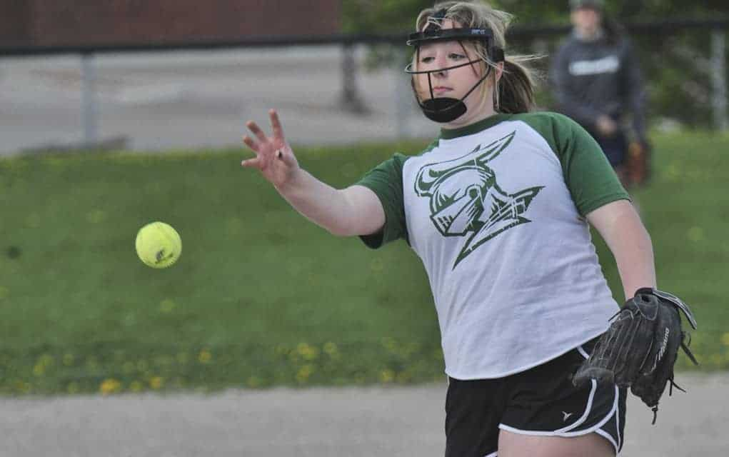 EDSS slo-pitch open the season by taking both ends of a doubleheader